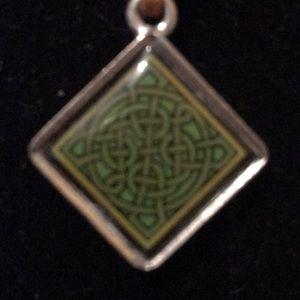 Reversible Irish Necklace